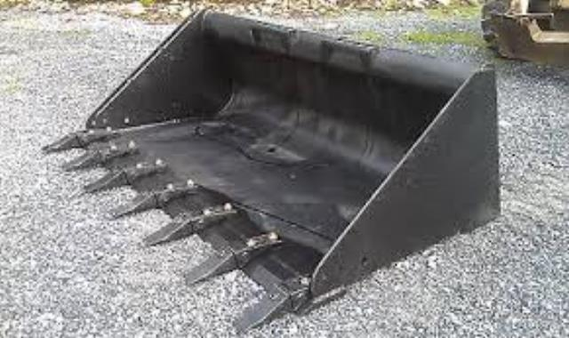 Where to find CASE SKIDSTEER TOOTH BUCKET in Portland